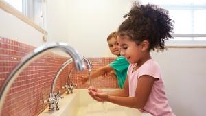 Teach Your Kids Good Handwashing Skills